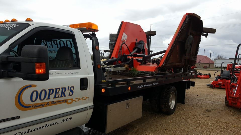 Home | Cooper's Towing & Recovery | Columbia, MS | Towing | Tow Truck