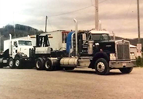 984-kenworth-w900b-tractor-with-a-true-hitch